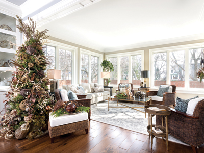 HOME TOUR: Holiday Decor