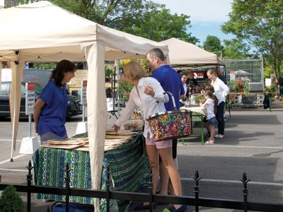 Centro Garden hosts Sunday market