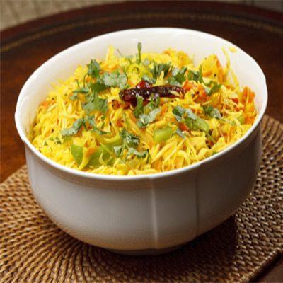 Sambar (Carrot and cabbage warm salad)