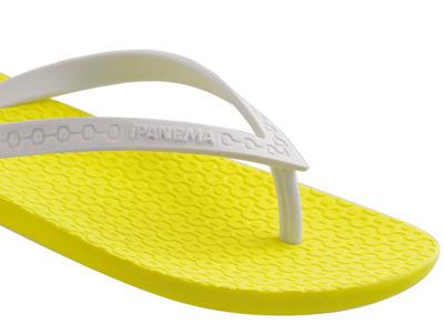 The season's hottest sandals by Gisele Bundchen