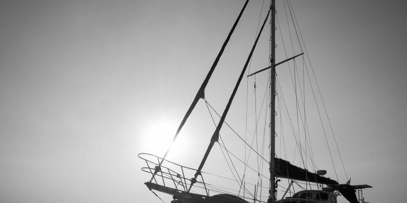 Connoisseur — Sailing Yachts