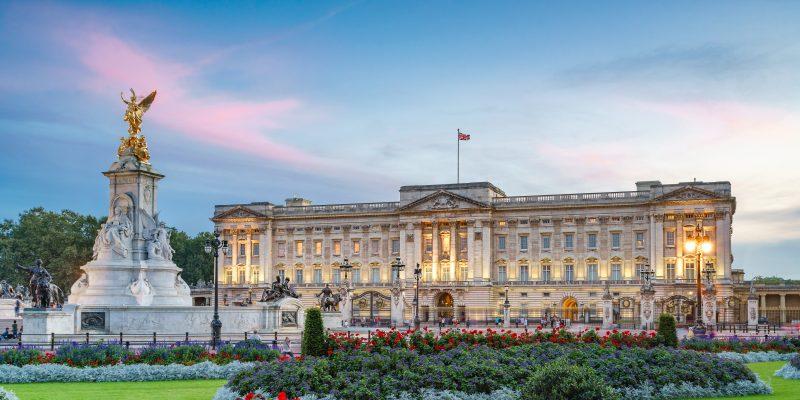 Luxury Adventures: Royal London Calls!